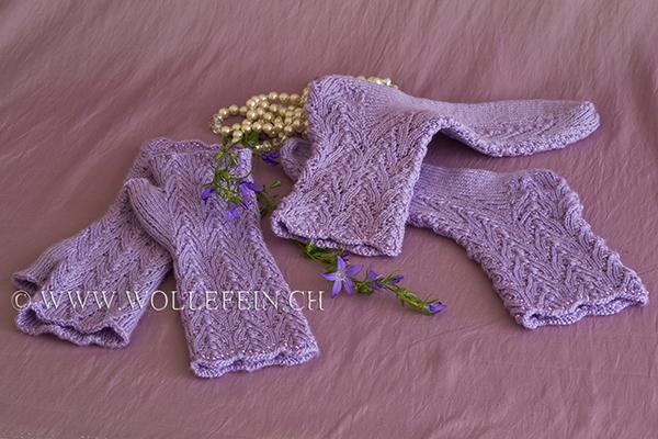 Strickanleitung Socken und fingerlose Handchschuhe Gloeckchen mit Perlen